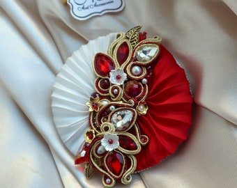 Valentine/'s day decoration Anatomical Heart brooch romantic jewelry red soutache brooch