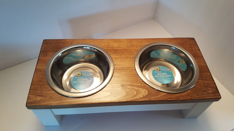 Raised Small Pet Bowl Stand in Light Brown