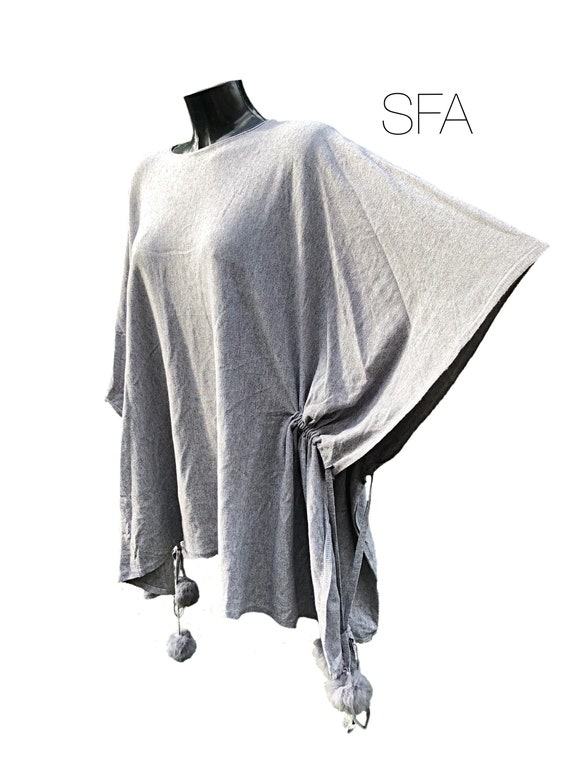 Wow, lagenlook drawstring poncho, in machine washable very soft mixed wool. In black or taupe.