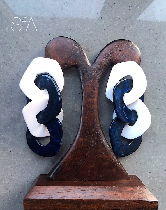 Lagenlook large link acrylic earrings. Marbled effect in dark blue and white. Nautical effect. For pierced ears.