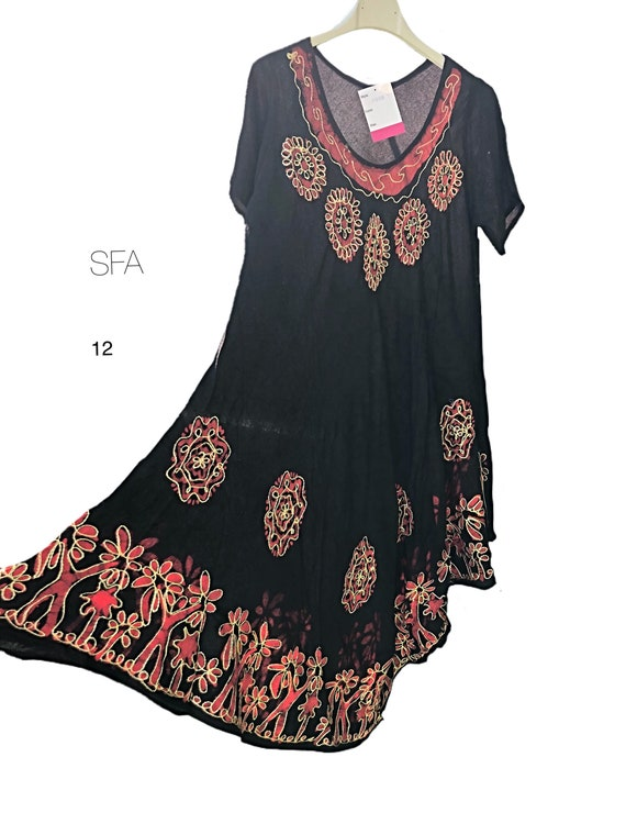 Fabulous floaty hippy chic sun dress or tunic, with short sleeves,  embroidered front panel. In 6 different colours regular and plus size.
