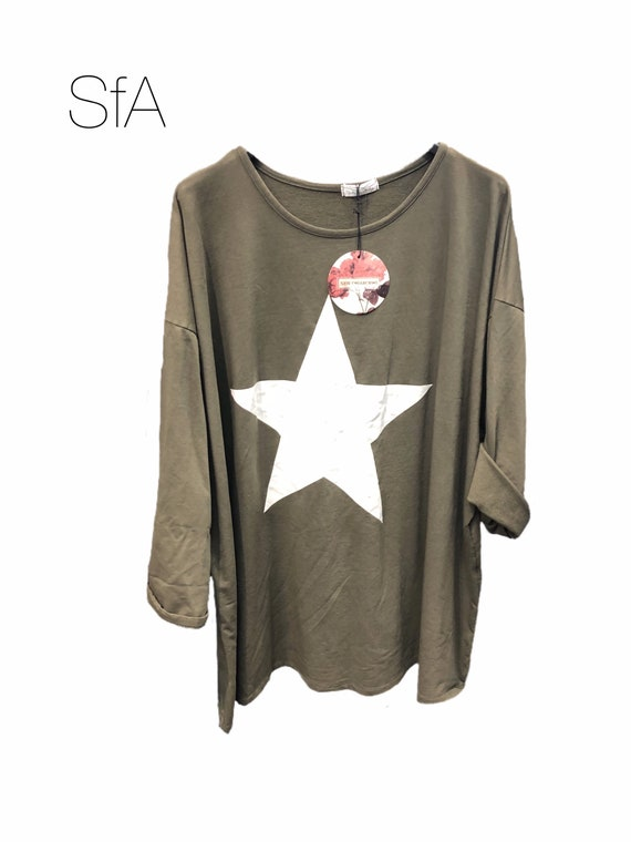Oversize slouch cotton star top with long sleeves, last one in khaki