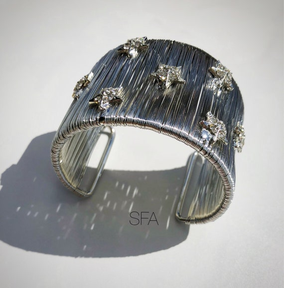 Stunning wide wire wrapped silver bangle cuff, with sparkling star design, gap opening.