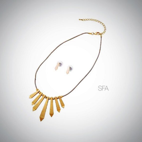 The Davina geo necklace and earring set, in frosted gold or silver