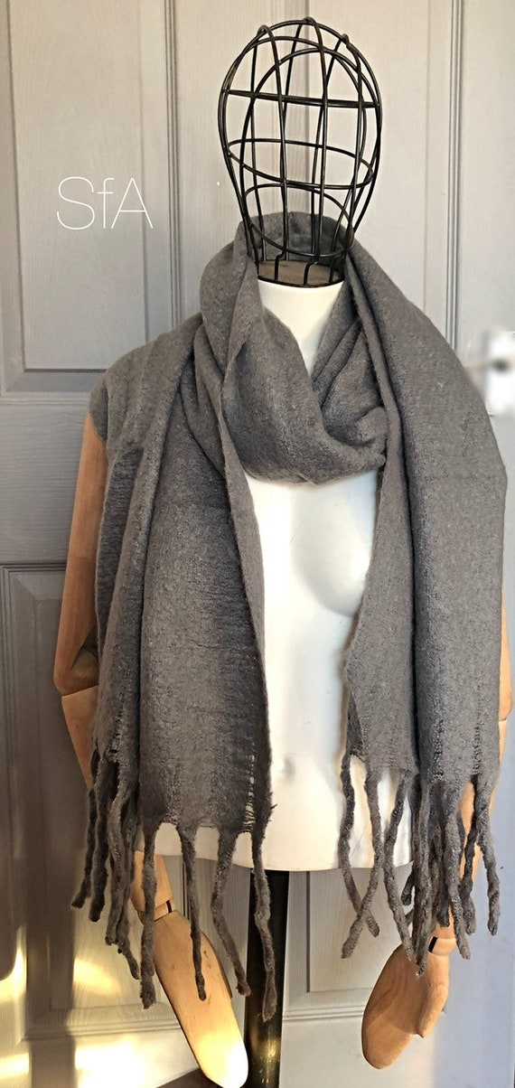 Unisex, Blanket scarves. Super soft long panel scarf. In 4 different shades. Wool and acrylic mix