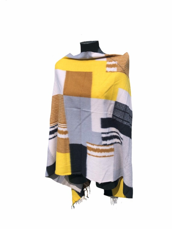 Unisex panel animal, geo squares print scarf, super soft, perfect present. Fabulous long tassels.