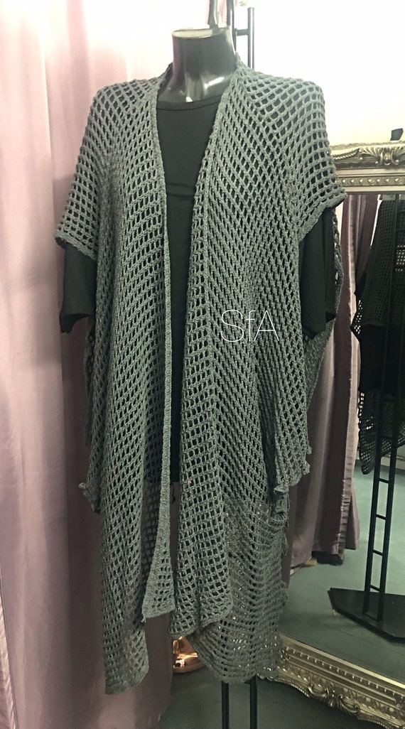 Lagenlook long Poncho, one size fits all, add that extra touch to any outfit.