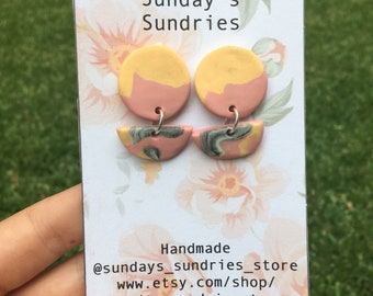 Peachy Keen Small Dangle Earrings