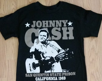 dbdc1dd5d03 JOHNNY CASH † - CALIFORNIA 1969 - Black- Unisex Adult T-shirt - S- 3XL