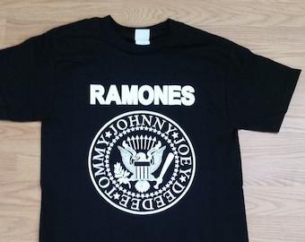 d7c622dc330 RAMONES† - Presidential Seal - Jonny- Joey- DeeDee - Tommy - Black- Unisex  Adult Tshirt - S- 3XL