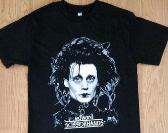 58bb21653 EDWARD† SCISSORHANDS - Picture Graphic T-Shirt - Black- Unisex Adult T-shirt  - S- 2XL