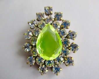 Gorgeous Czech Vintage Style Glass Rhinestone Button With Vaseline Uranium Glows in the Dark Don't Miss Opportunity to Own this Beauty