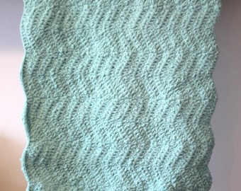 Crochet Baby Blanket with Scalloped Edge