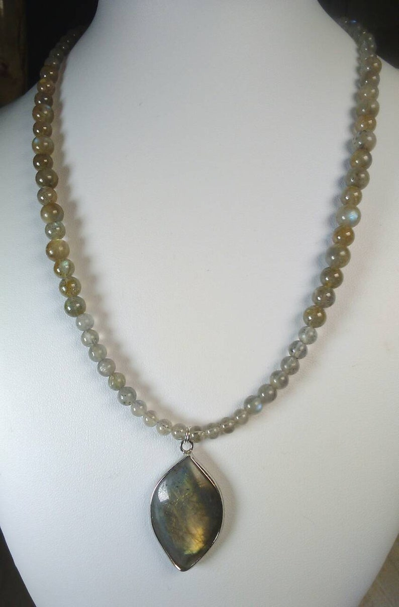 All Labradorite sterling silver natural crystal necklace with a pointed drop shape pendant all AAAA grade beads plus free ear rings