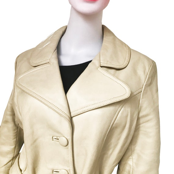 Vintage 1970s Taupe Colored Leather Trench Coat - image 3
