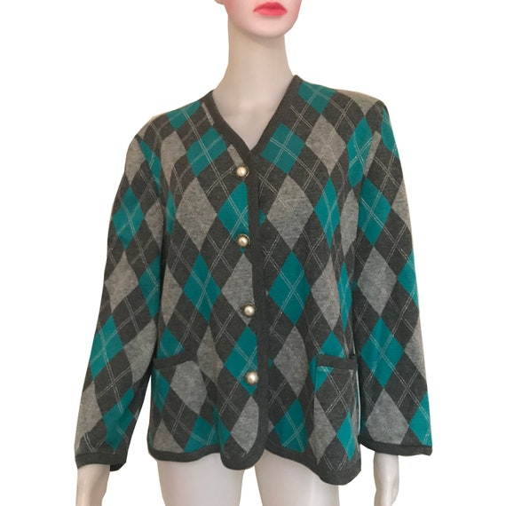 Vintage 1960s Argyle Sweater With Antique Pearl Bu