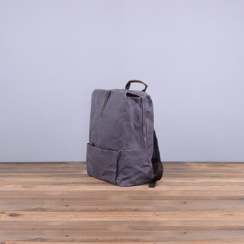 Large Waxed Canvas Backpack in Anchor Grey