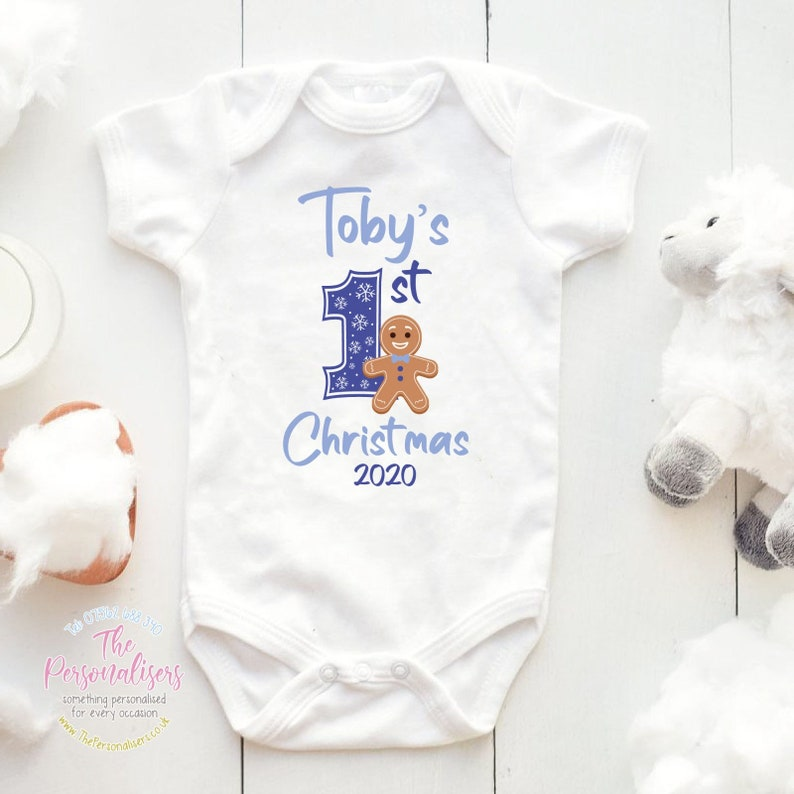 Baby/'s 1st Christmas Personalised Pink 1st Christmas Gingerbread Man Baby Vest