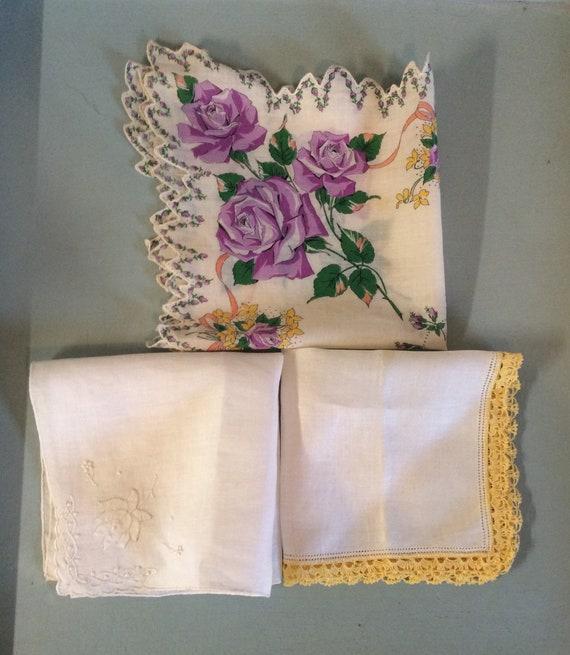 Handkerchiefs, vintage linens, ladies fashion, som