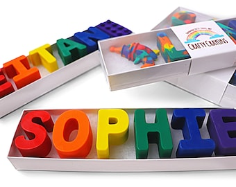 Name Crayons: Clear Top Box