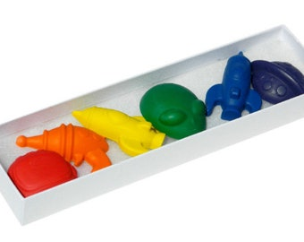 Rocketship Crayons: Rainbow Crayons- Rocketships for Coloring