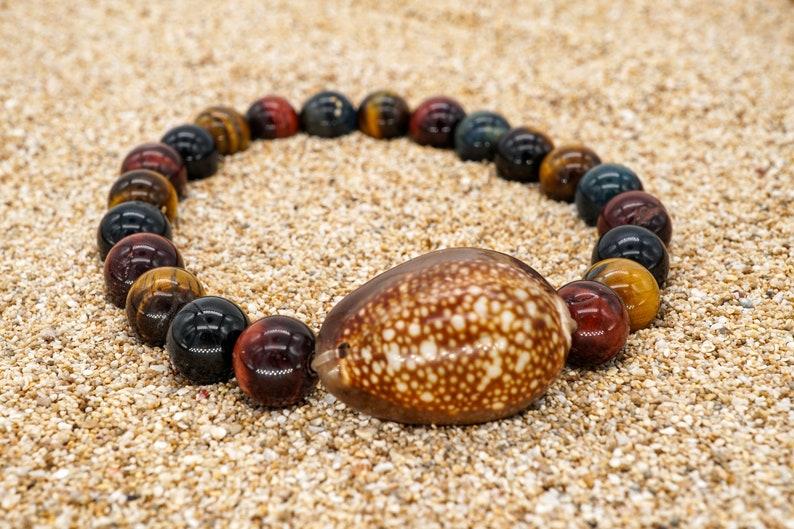 Sea Shell Bracelet with Tiger Eye Stone Beads Masculine image 0