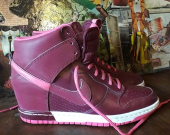 Offset Nike Basketball plum and pink leather size 40 /UK 6