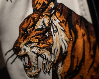 b907bfadc333 Tiger jumpsuit