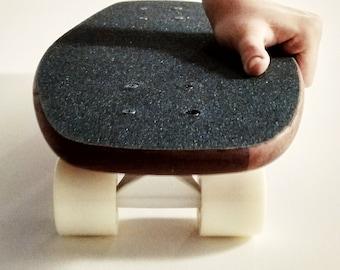 Handmade Wooden Cruiser Skateboard - Aster by VagoDeszka