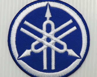 "2.3/4""x1pc. blue-white circle yamaha logo emblem motor bike auto sports motocross embroidered embroidery iron sew on patch cap shirt suit"