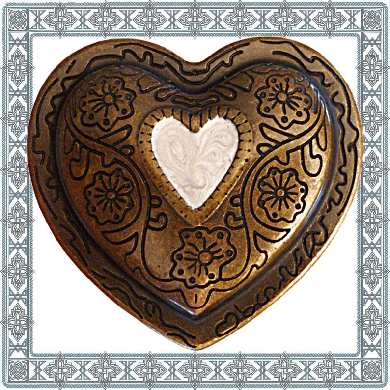 1 Heart buckle Altbronze buckle clasp buckle heart buckle antique copper plated