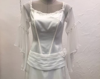 Vintage Wedding dress Sleeveless
