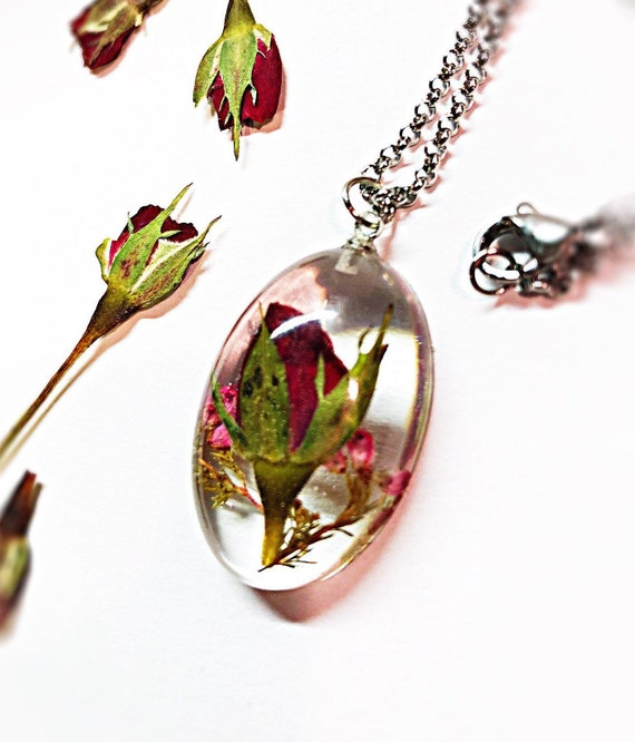 Dried flower necklaces for women Terrarium nature necklace Handmade resin jewelry unique gifts for girlfriend Real flower pansy necklace