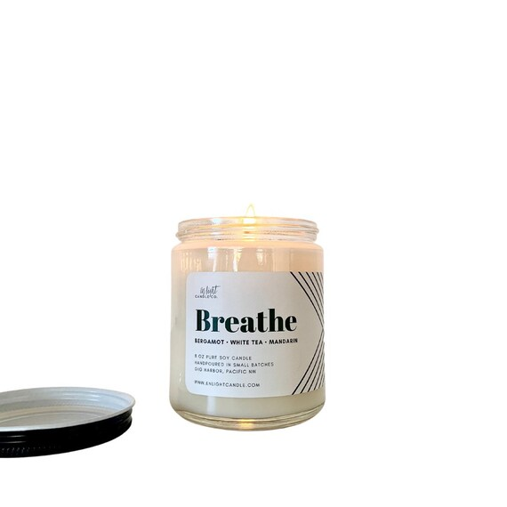 Breathe (Bergamot, White Tea & Mandarin) 8 oz candle