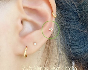 20g Super tiny flower (Single), 3.5mm Tiny Snowflake piercing, Dainty 92.5 Sterling Silver Piercing, Cartilage, Helix, Tragus