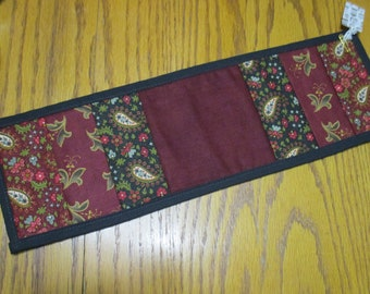 20072 ~ Primitive Quilted Table Mat
