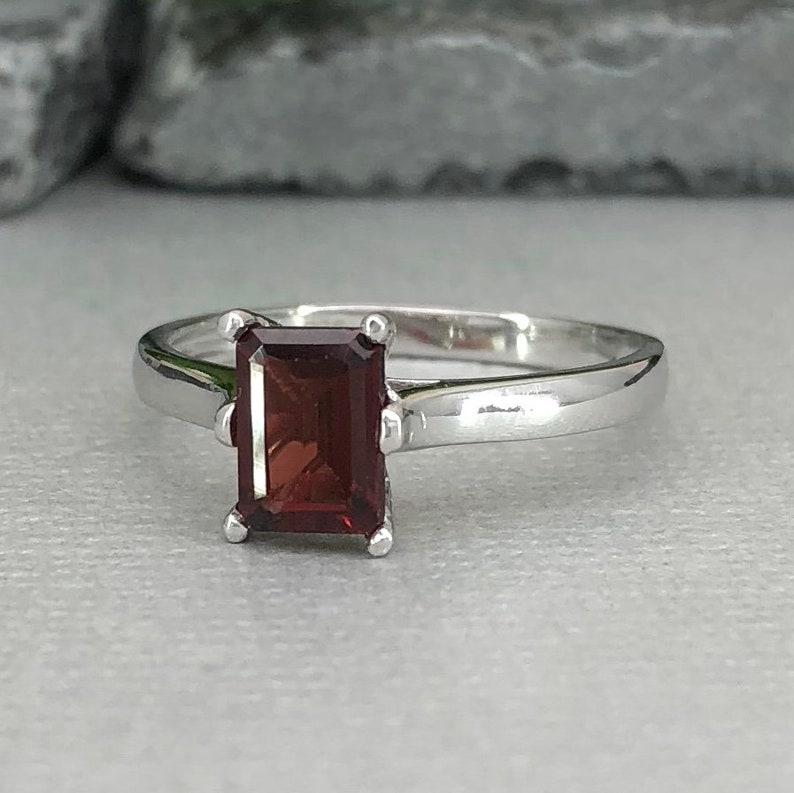 0cad00bb5100b Emerald Cut Natural Garnet Ring Cathedral 1.00Ct Solitaire Traditional  Sterling Silver Women's Engagement Bridal Promise Ring