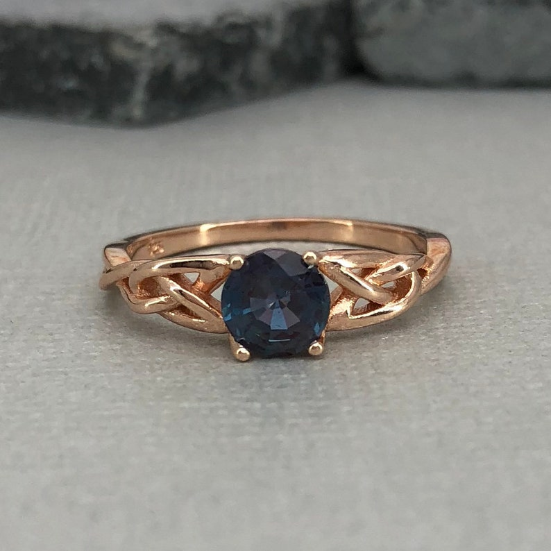 Rose Gold Alexandrite Celtic Ring Round Lab Alexandrite gemstone Trinity Celtic Ring 925 Sterling Silver Solitaire Promise Engagement Ring