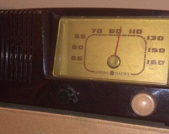 General Electric Model 400 Tube Radio