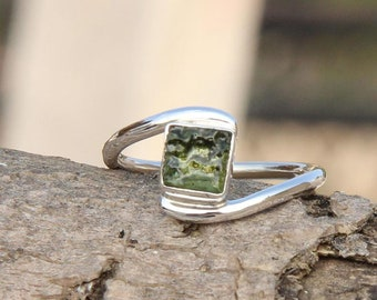 Engagement Gift Party Wedding Natural Moldavite Silver Ring Rough Moldavite Ring Moldavite Meteorite Ring Natural Moldavite Gem Anniversary