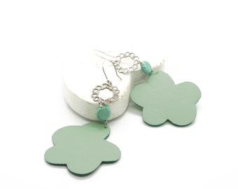 Long earrings with flowers, Dangle green earrings, Boho earrings, Leather earrings, Green drop earrings, Handmade earrings, Flower earrings