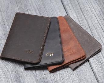 Leather passport holder, Personalized passport cover, Passport wallet for men, Groomsmen gift