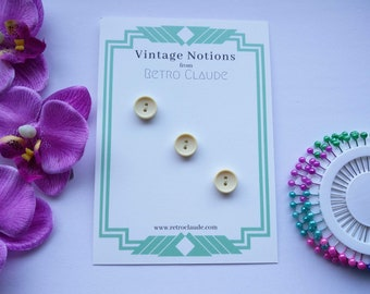 Set of 3 Cream Biege Plastic 2 Hole Buttons Vintage Buttons Reclaimed Buttons Plastic Buttons Vintage Sewing Knitting Vintage Notions