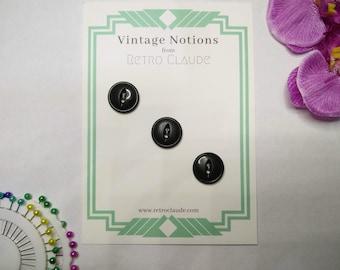 Set of 3 Dark Olive Green Plastic Fish Eye Buttons Vintage Buttons Reclaimed Buttons Recycled Buttons Vintage Sewing Knitting Notions