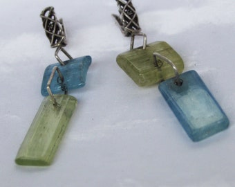 Earrings of aquamarine and heliodor