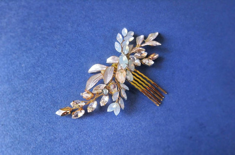 Leaf headpiece Opal bridal head piece Something blue for bride Headpiece opal Hair comb in gold 2019 wedding trends