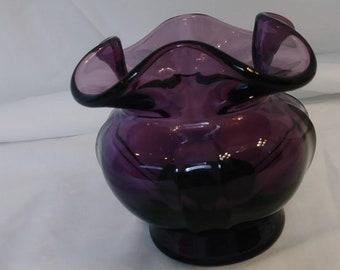 Vintage Fenton Purple/Amethyst Ruffled Edge Bowl