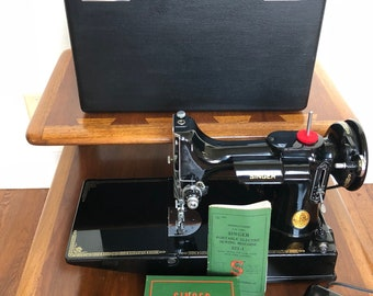 1948 Singer 221 Featherweight Sewing Machine
