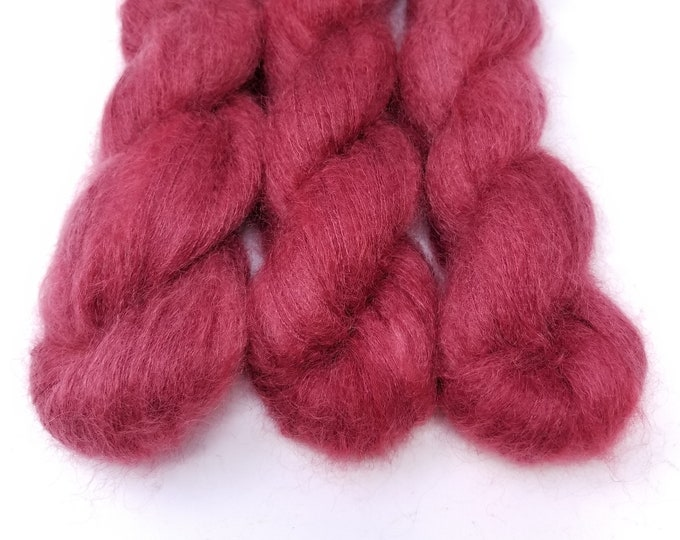 'Cranberry Cloud' lace weight yarn
