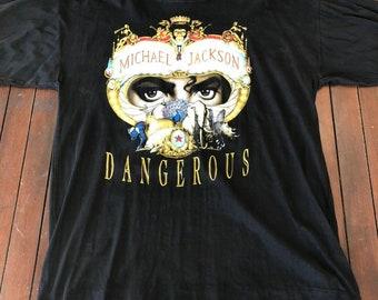 purchase cheap 40a24 61b61 Vintage 1992 Michael Jackson Dangerous tour shirt Bad tour